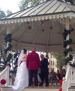 Christmas_Eve_at_the_Gazebo
