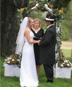Rev_Linda_Wyoming_Wedding