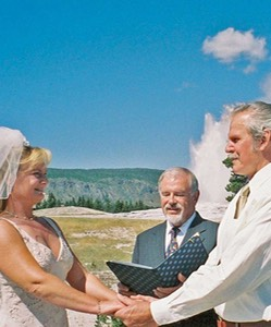 Tom_Tammy_in_Yellowstone